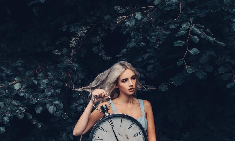 безумие часы